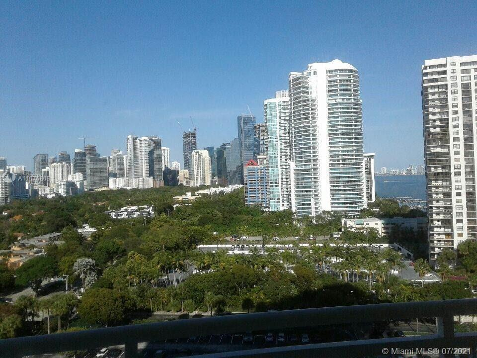 Breathtaking view of Brickell/Downtown skyline and partial Bay Views from all windows. Beautiful 1 B