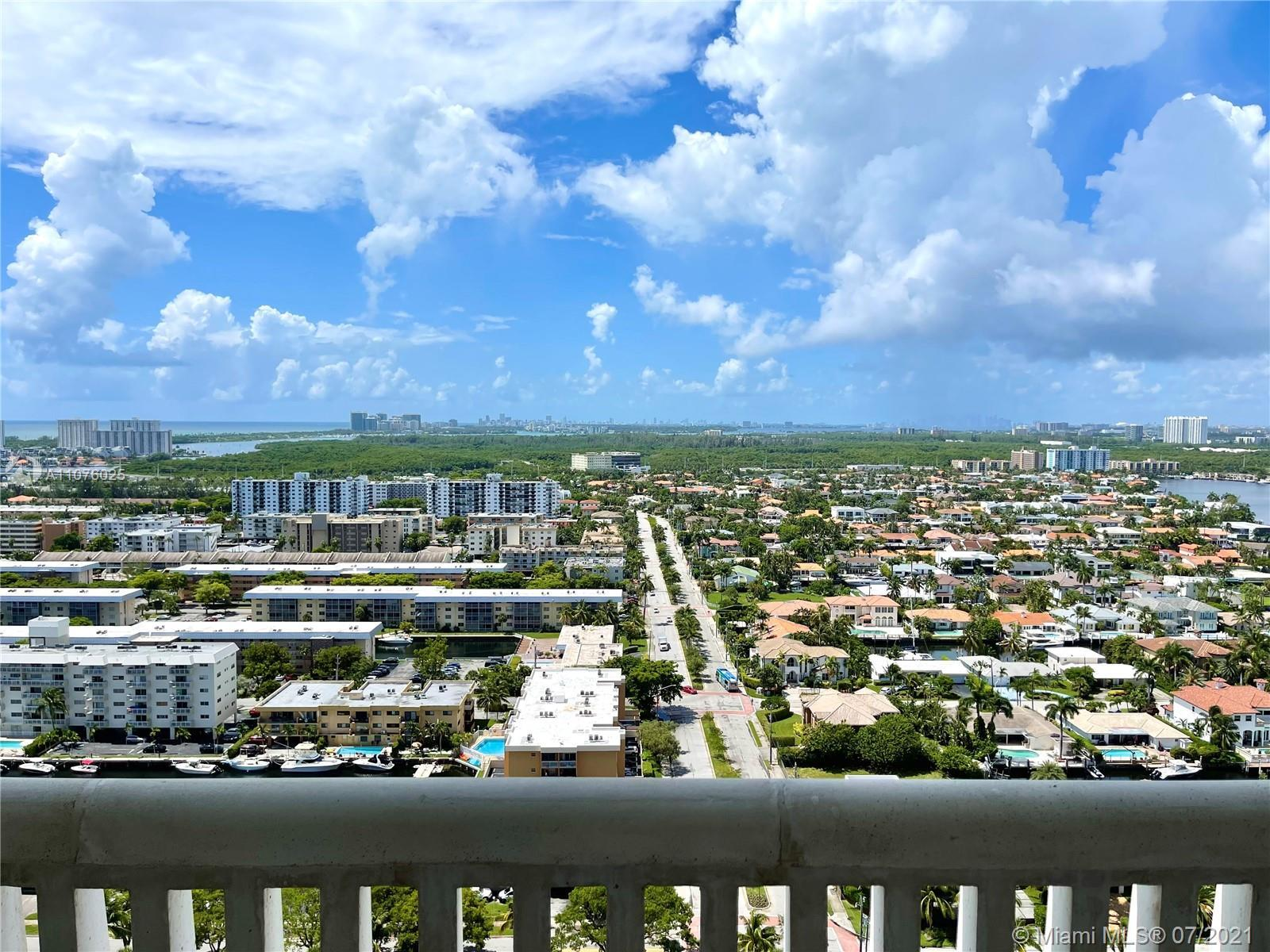 Ready to move in. Recently renovated and fully furnished unit. 2 Bedroom plus Den/ 2 Bath split floo