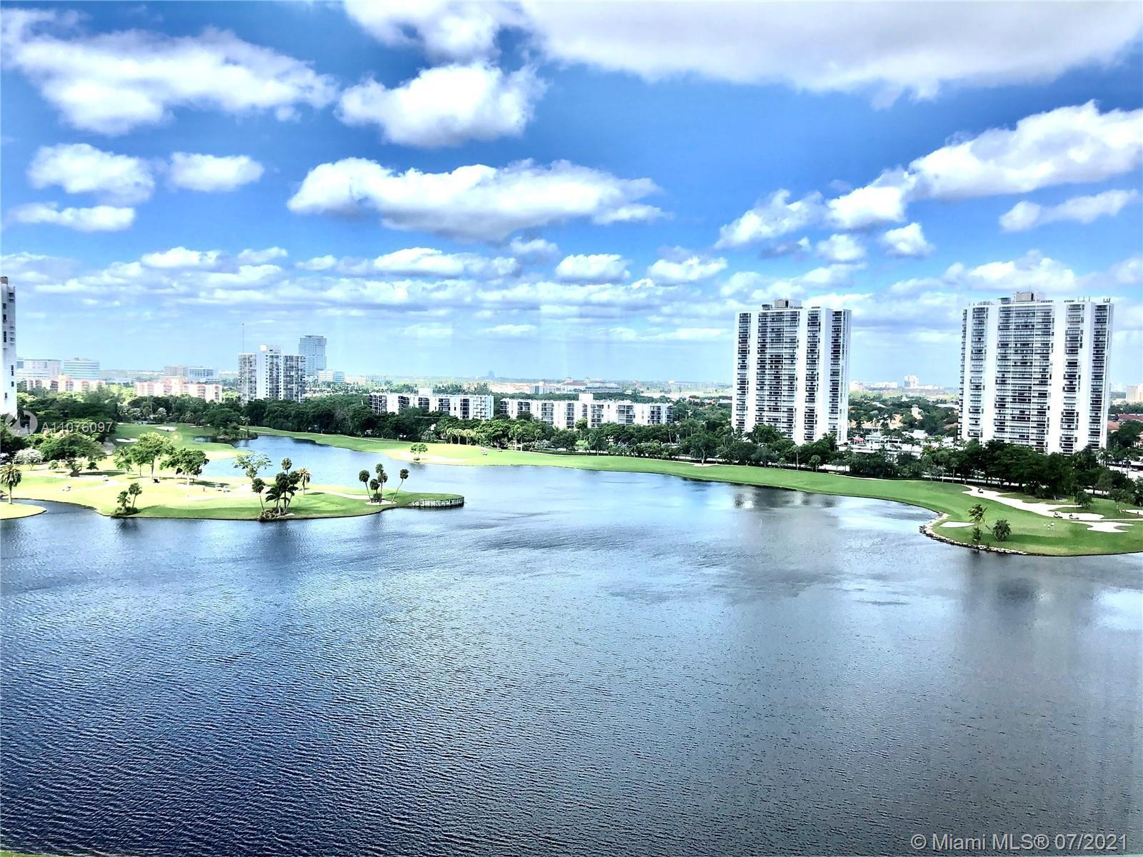 WHERE SOUTH FLORIDA LOVES TO GOLF ! Overlooking the golf courses view. Large 2 bed 2 full baths. It'