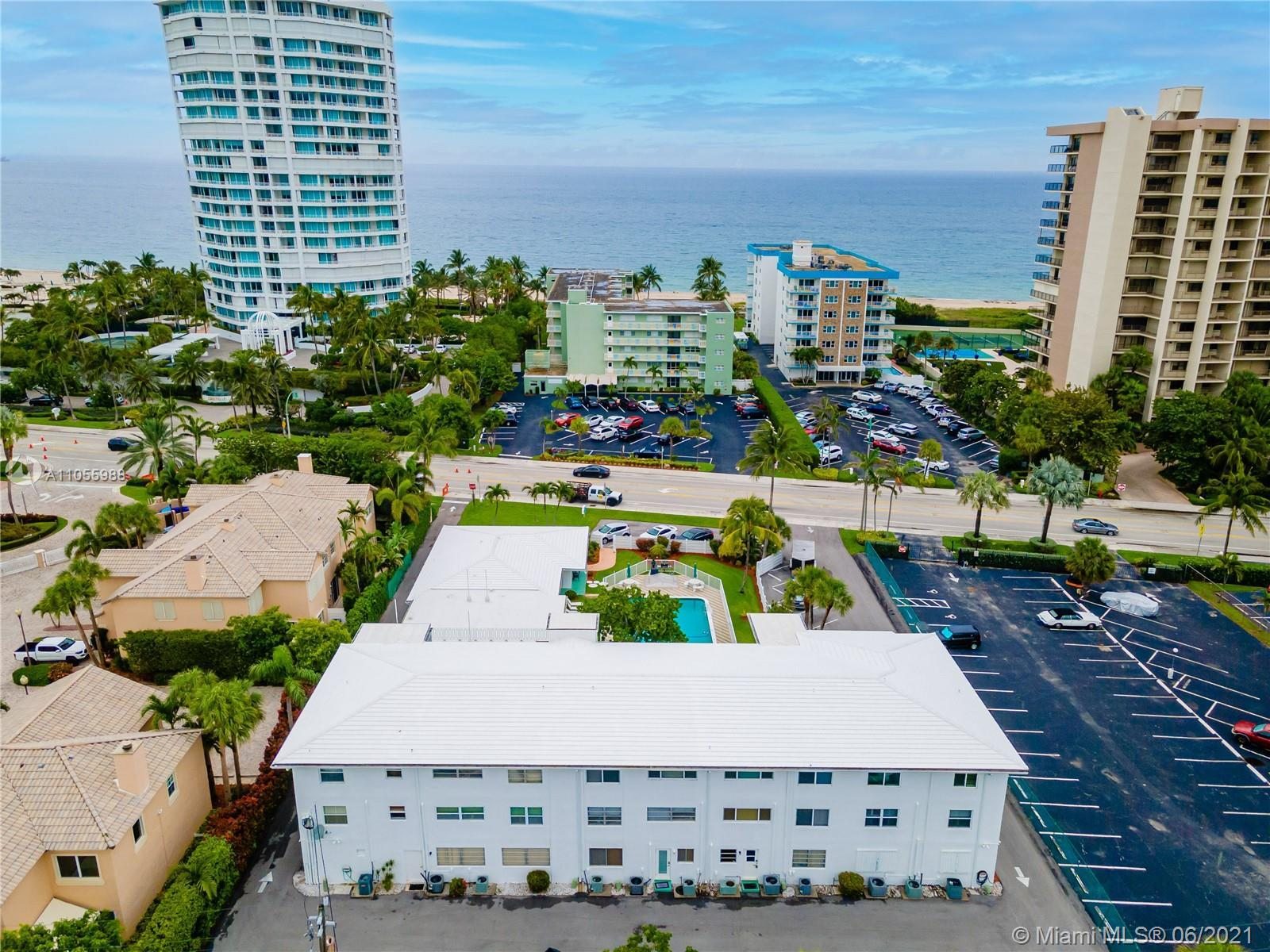 Turn-key fully furnished condo within walking distance of beautiful Lauderdale by the Sea Beach.  Co