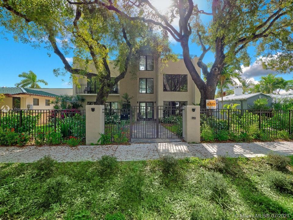 Modern masterpiece located on one of the most desirable streets in Victoria Park. Loaded with custom