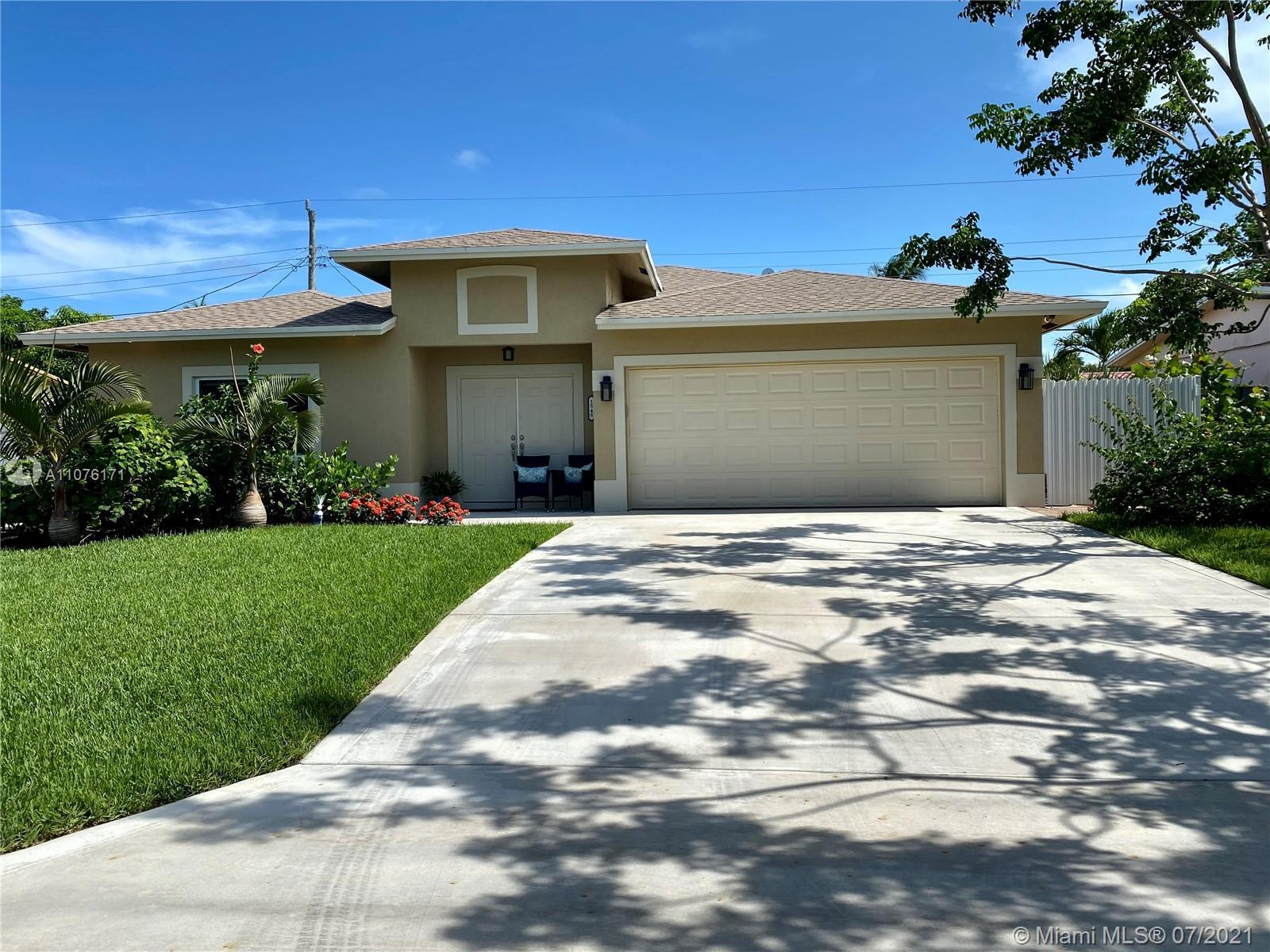 Built in 2018 this beautiful home offers 3 bedrooms, 2 bathrooms & a large 2 car garage & a split fl