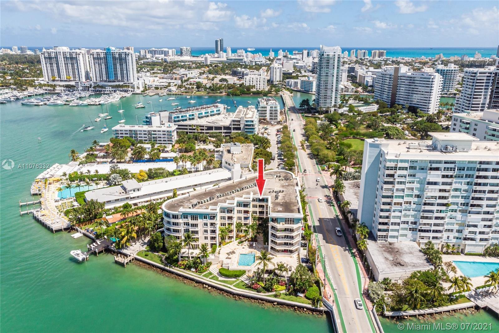 EXTRAORDINARY LOCATION! Wake up on the Belle Isle (Venetian Island) to peaceful bay views. The Vista