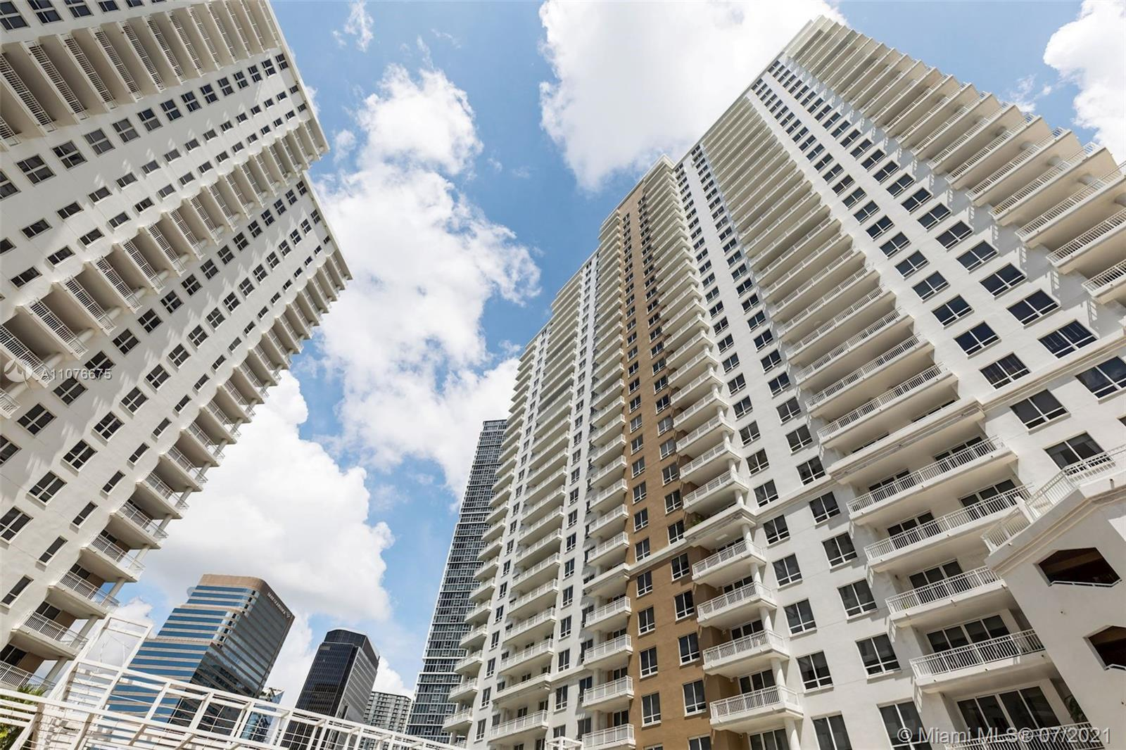 Spectacular 3 Bed, 3 Baths unit located Courts at Brickell Key  amenities include swimming pool with