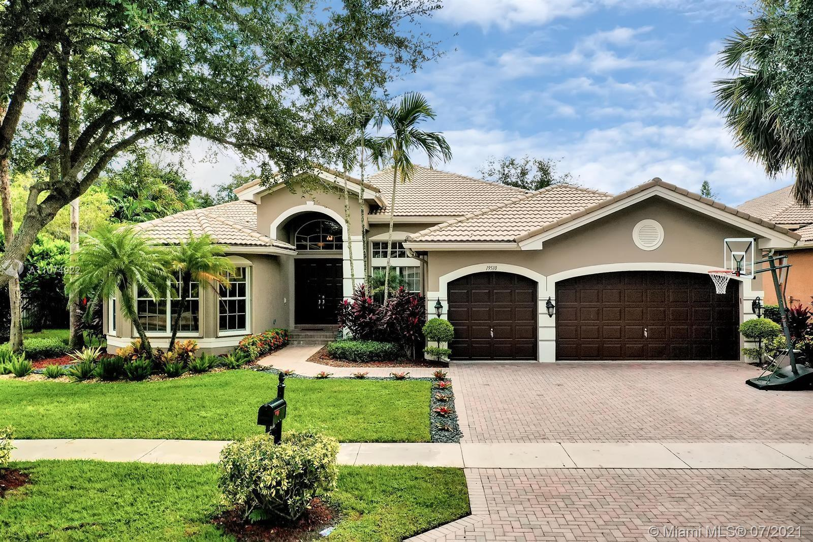 Spacious single story 5 bedroom 3.5 bath home with a large office that can be used as a 6th bedroom