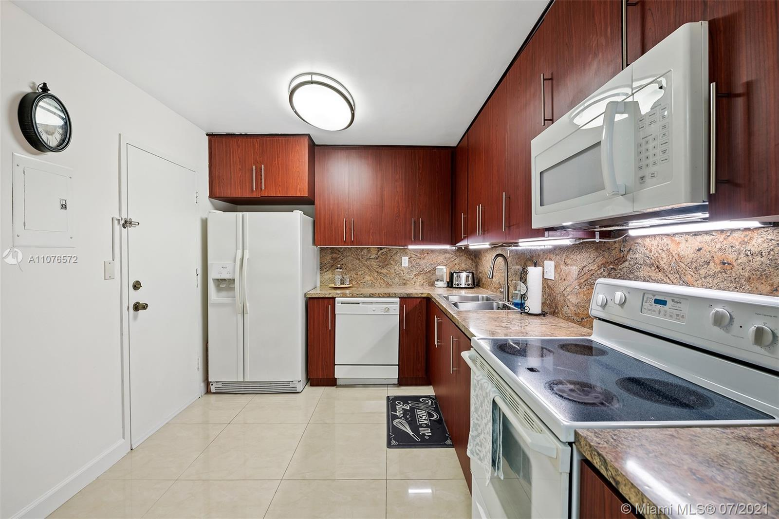 Get on the sand in no time with this spacious 2 BD/2 BA condo right in the heart of Hallandale Beach