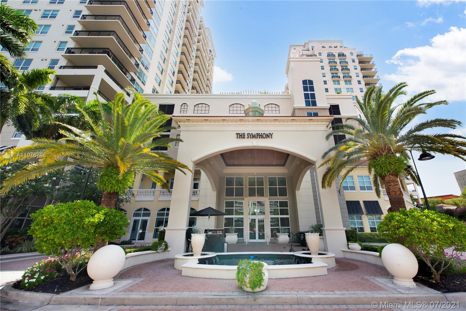 Opportunity to own rarely available one bedroom unit in the Symphony South Tower. This spacious one