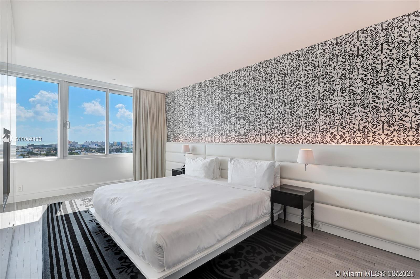 GREAT 1 BEDROOM, 1 BATHROOM SUITE WITH KITCHEN AT THE FAMOUS NEWLY REOPENED 1100 WEST CONDO HOTEL AF