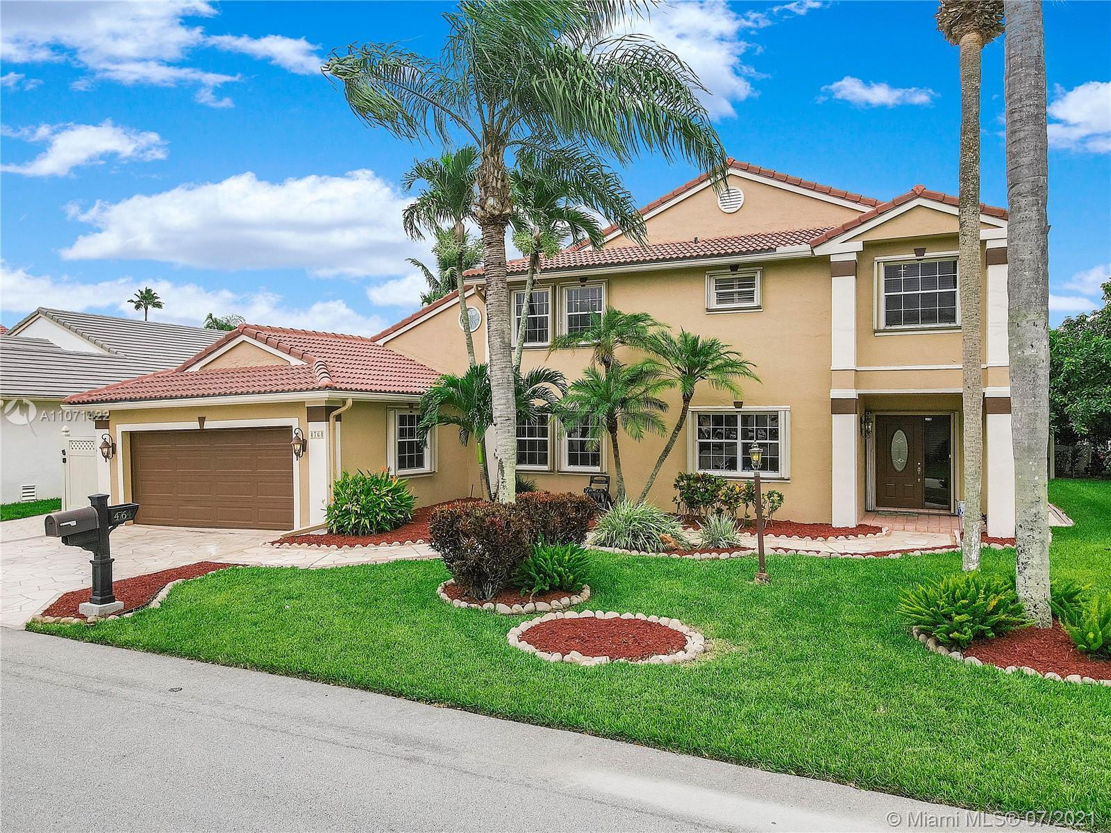 Amazing 3 bedroom, 2.5 bath home w/ office, bonus room, & air conditioned Florida room! You'll be th