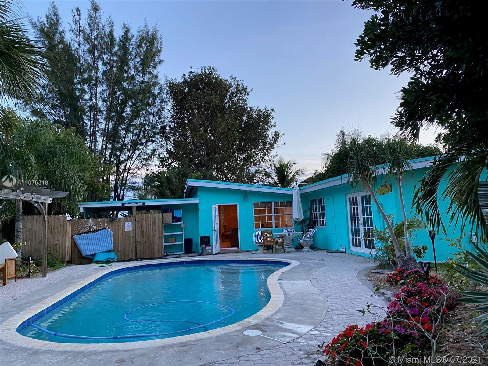 Remarkable home in up and coming area of Boynton Beach, nice quiet street with great neighbors. This