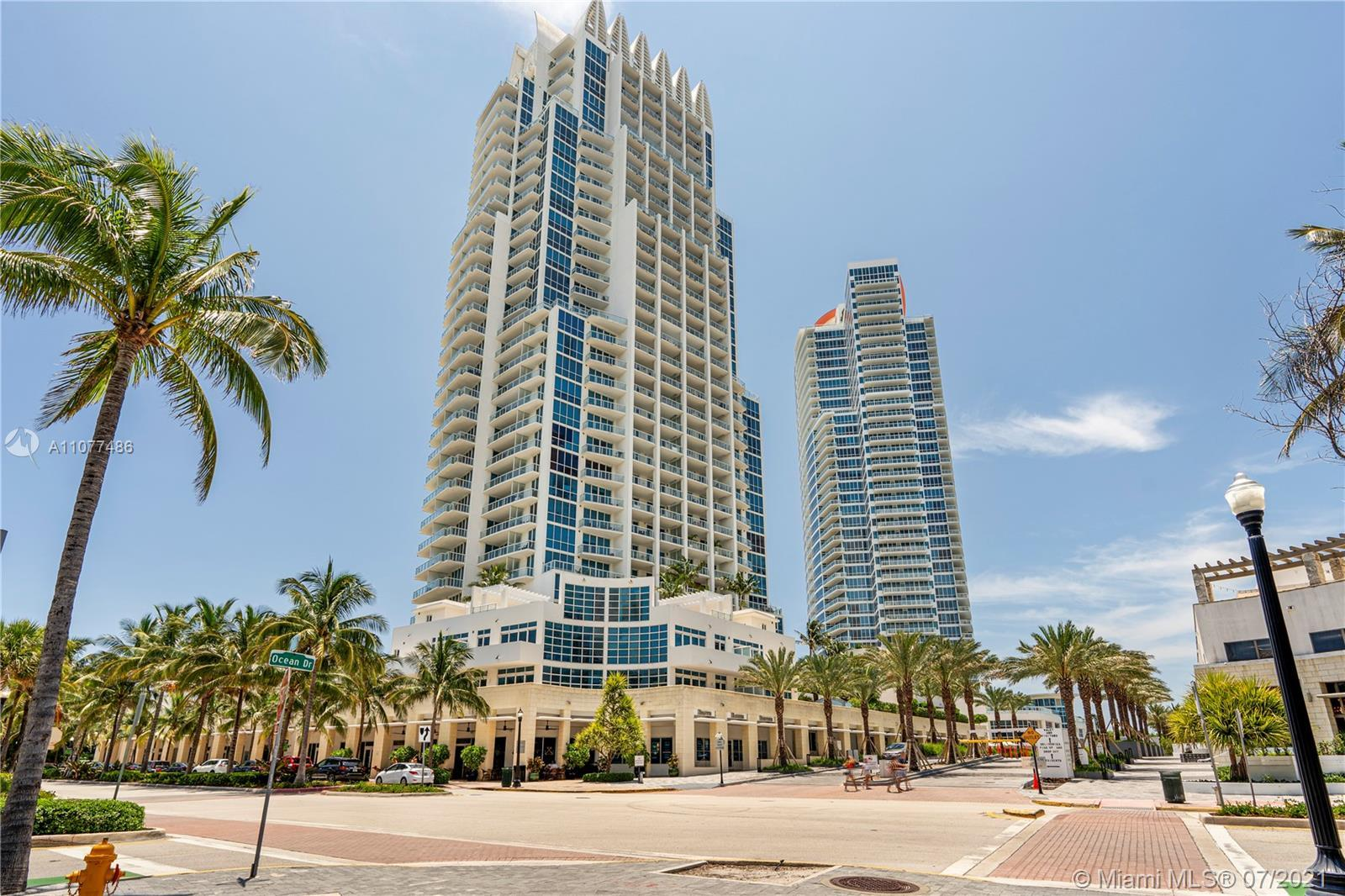 Live the Lifestyle in the coveted Continuum on South Beach.  Ocean views with large Balcony and an a