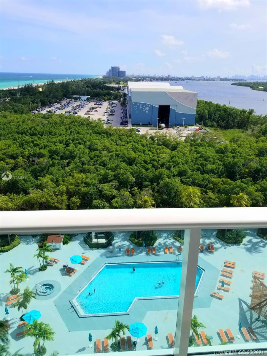 GREAT LOCATION IN SUNNY ISLES BEACH ACROSS THE OCEAN WITHIN MINUTES TO AVENTURA, BAL HARBOUR,SOUTH B
