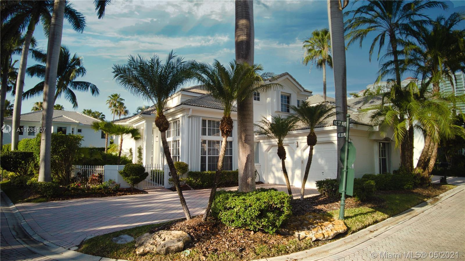 Great location in Aventura. Corner lot 4 bedrooms 3.5 bathrooms plus an office/den in an exclusive q