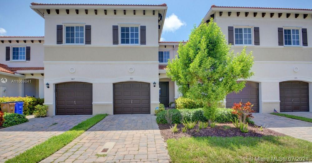 Lovely 3 bedroom, 2.5 bathroom single family home in Deerfield Beach! This perfect starter home or i
