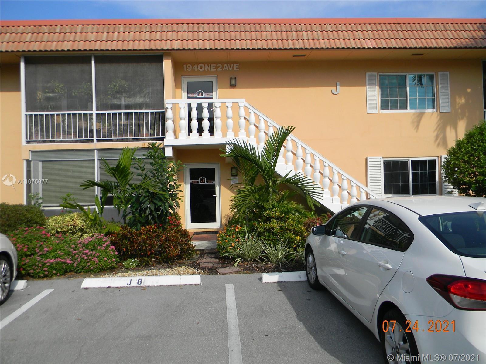 Wilton Manors 2 bedroom 2 bath Condo in Manor Grove. First Floor unit. The kitchen has been updated