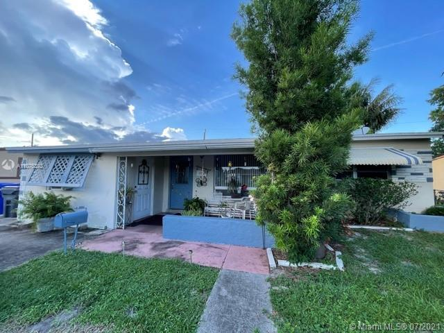 Great opportunity to make this property your sweet home or investment property. 3 Bedrooms, 2 bathro