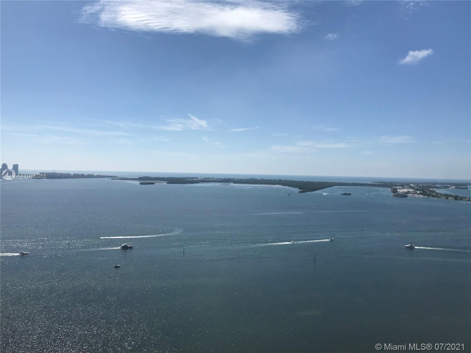 Million dollar direct ocean/bay view from the 39th Floor. Unit is substantially remodeled. Kitchen i