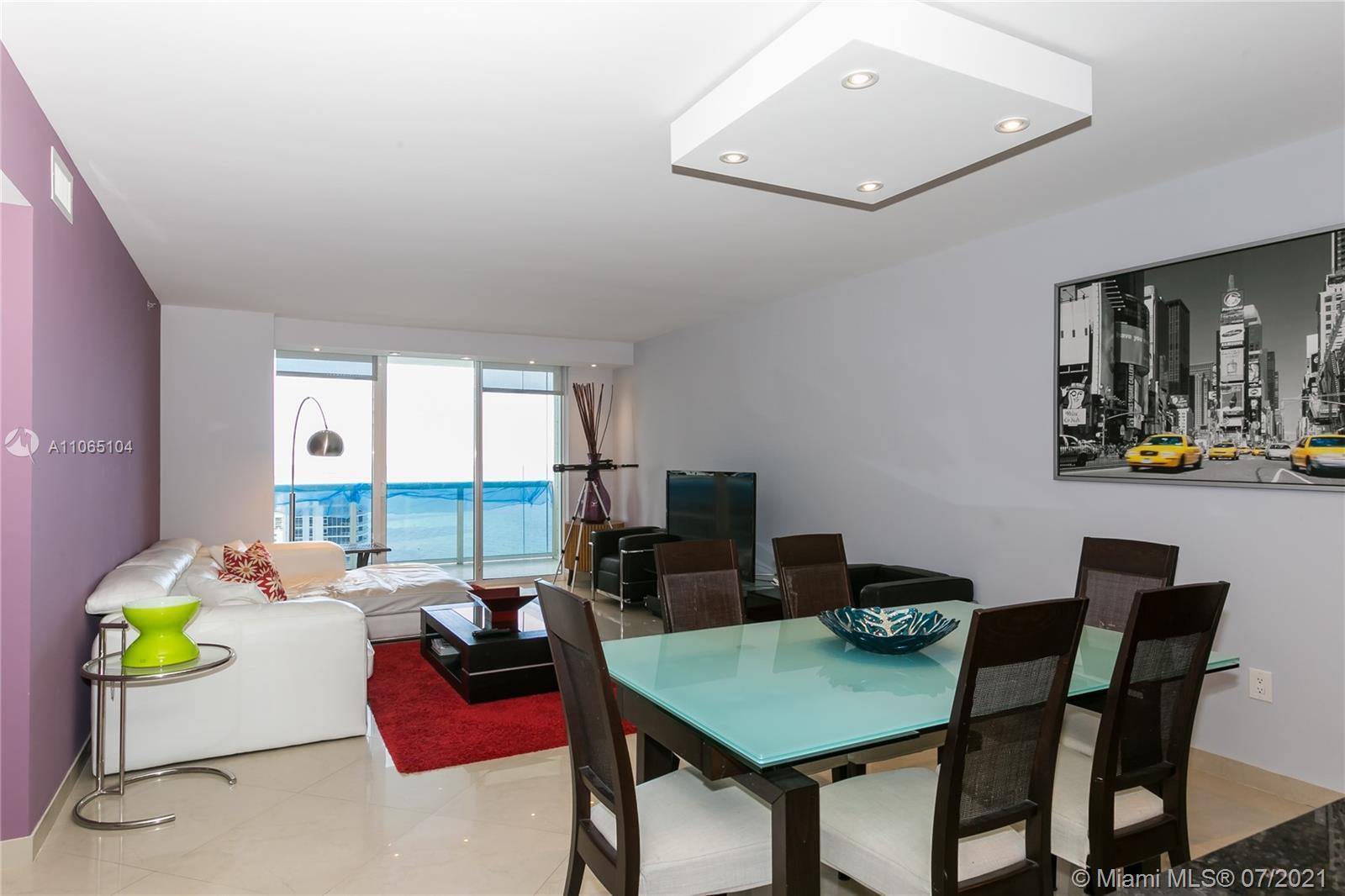 Beautiful completely furnished unit, 2 Bedroom + Den unit. 2 full Baths, porcelain floors. Breathtak