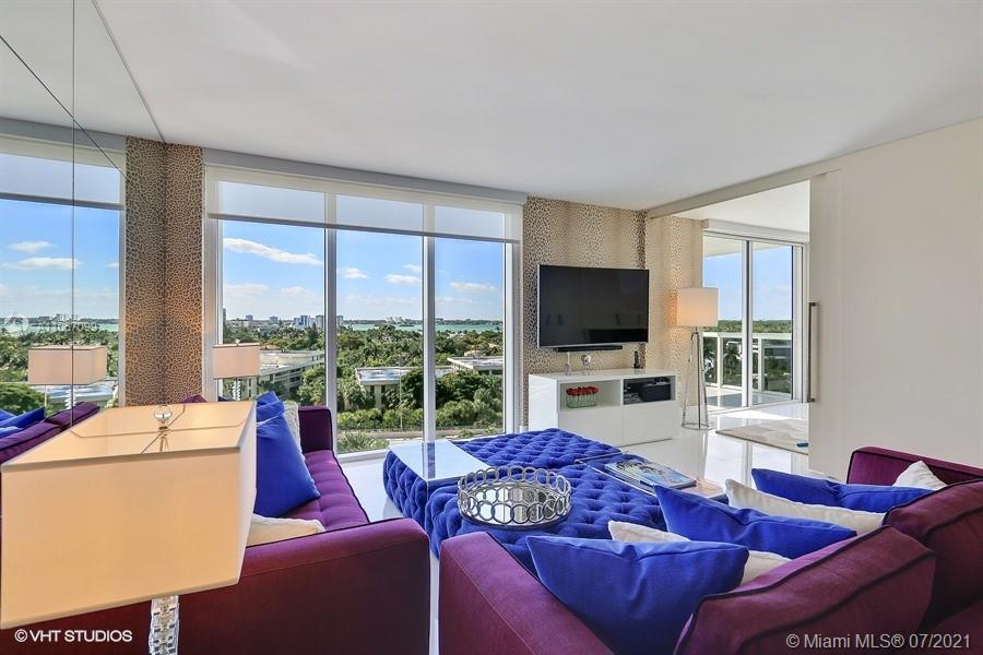 BEAUTIFUL UNIT IN THE HARBOUR HOUSE, OCEANFRONT CONDO, WITH WHITE MARBLE FLOORS, GRANITE COUNTERS, W