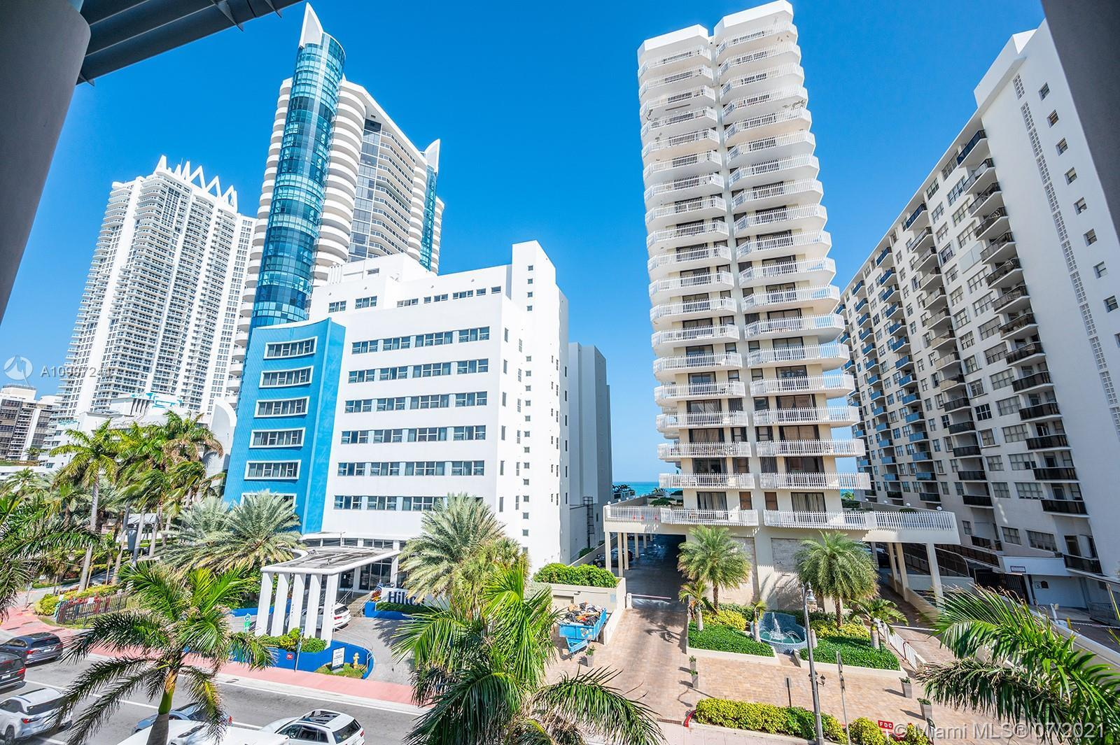 PRICED TO SELL. Boutique Condo/Hotel in Miami Beach across the ocean. Centrally located between Sout
