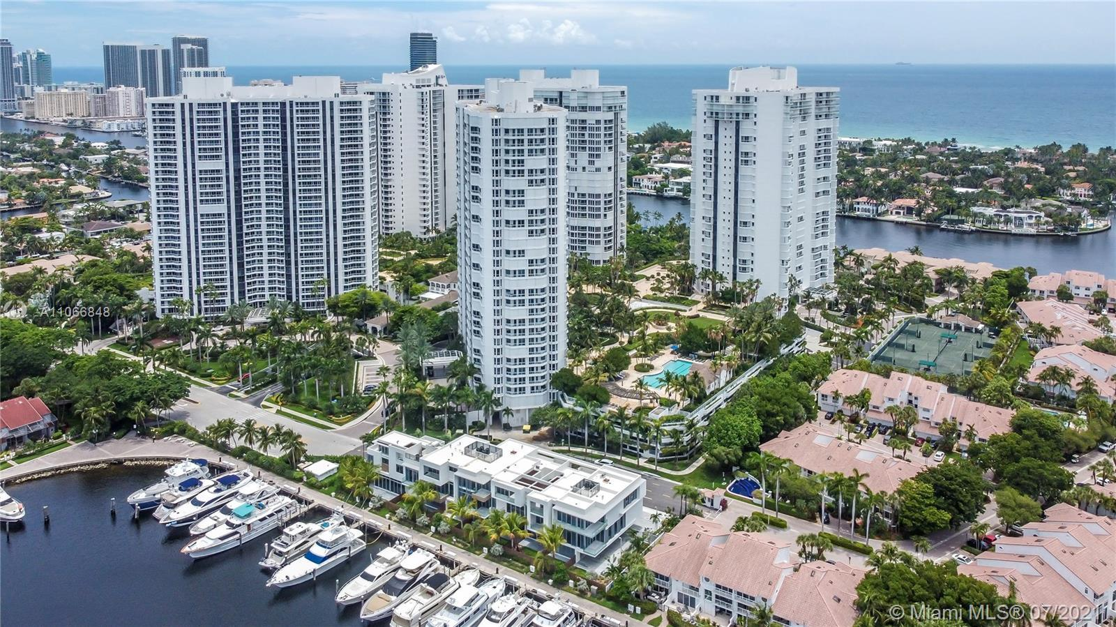 The Point is located in the Amazing city of Aventura, situated on a 35 acres that offers ocean, inte