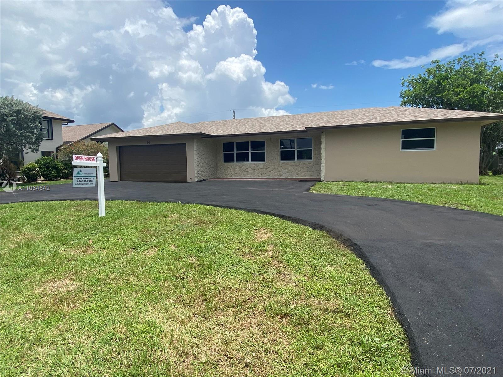 Wonderful family home! 3 bedroom 2 bath 2 car garage home with more 1,800 sqft located in Lake Worth
