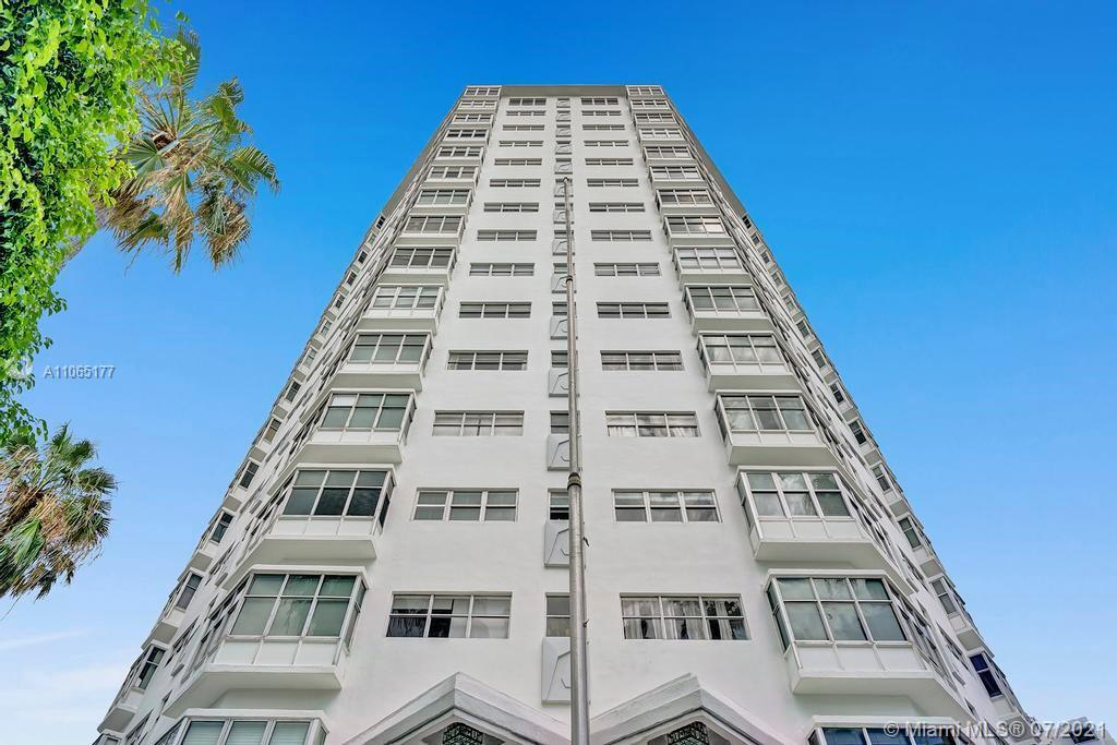 GREAT LOCATION IN CITY OF MIAMI BEACH - WALKING DISTANCE TO BEACH, 2 BEDROOMS 2 BATHROOMS,LOCATED AC