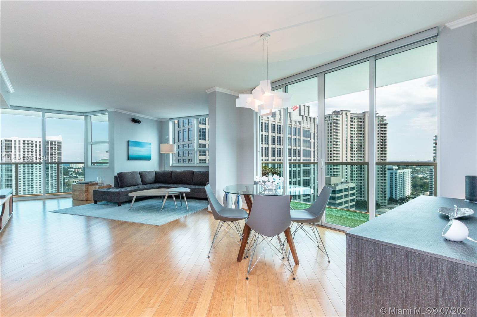The best Las Olas has to offer. This beautiful 2 bedroom 2 bath is in impeccable condition with two