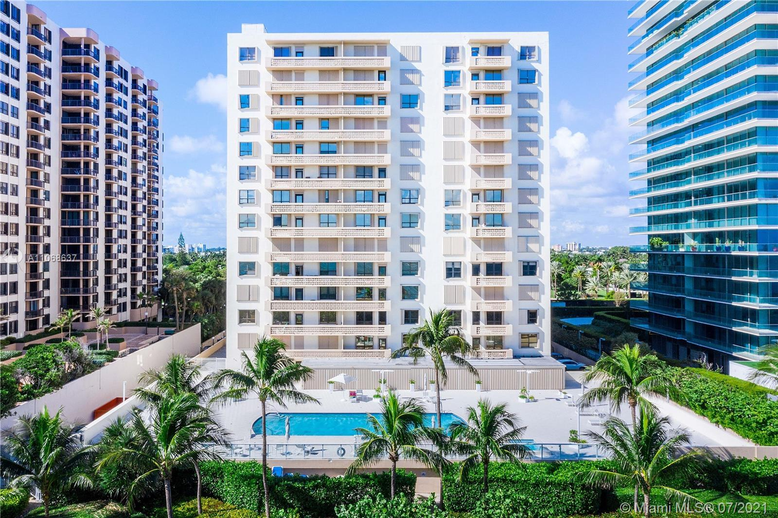 Excellent Ocean and Bay Views. 1 Bedroom 1 1/2 Baths, Granite kitchen counters and granite counter b