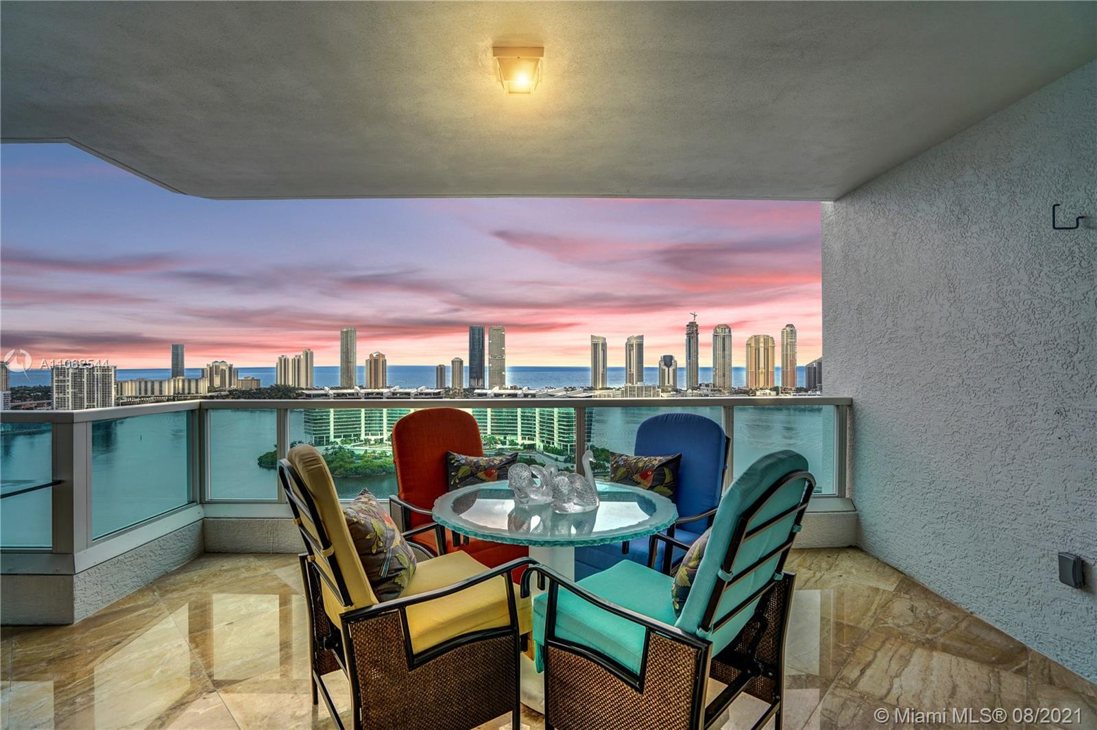 Welcome to your Palazzo in the sky ! State-of-the-art Tower Suite in the exclusive Peninsula I is wa