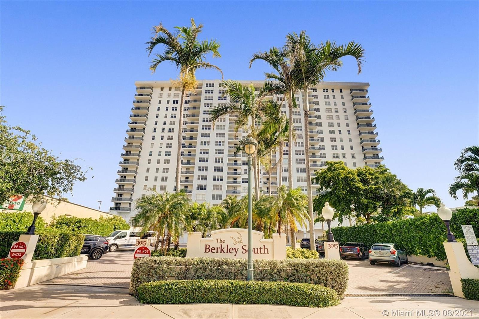 You have dreamed of it, that once in a lifetime, million dollar 180° panoramic southern view of the