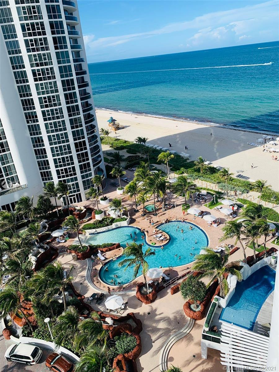VERY SPACIOUS TOTALLY RENOVATED TOP OF THE LINE APPLIANCE 1 BEDROOM 1.5 BATHROOM-OCEAN FRONT VIEW-EN