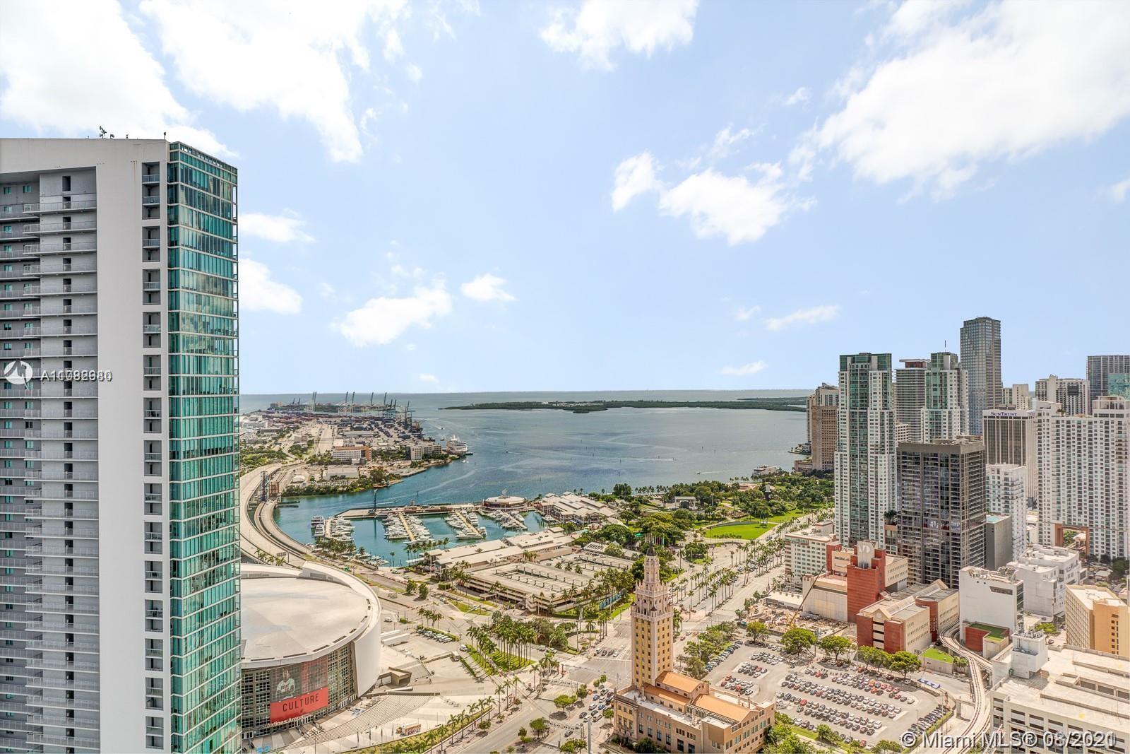 Stunning new construction unit@Paramount Miami World Center,42th floor unit facing South-East w. vie