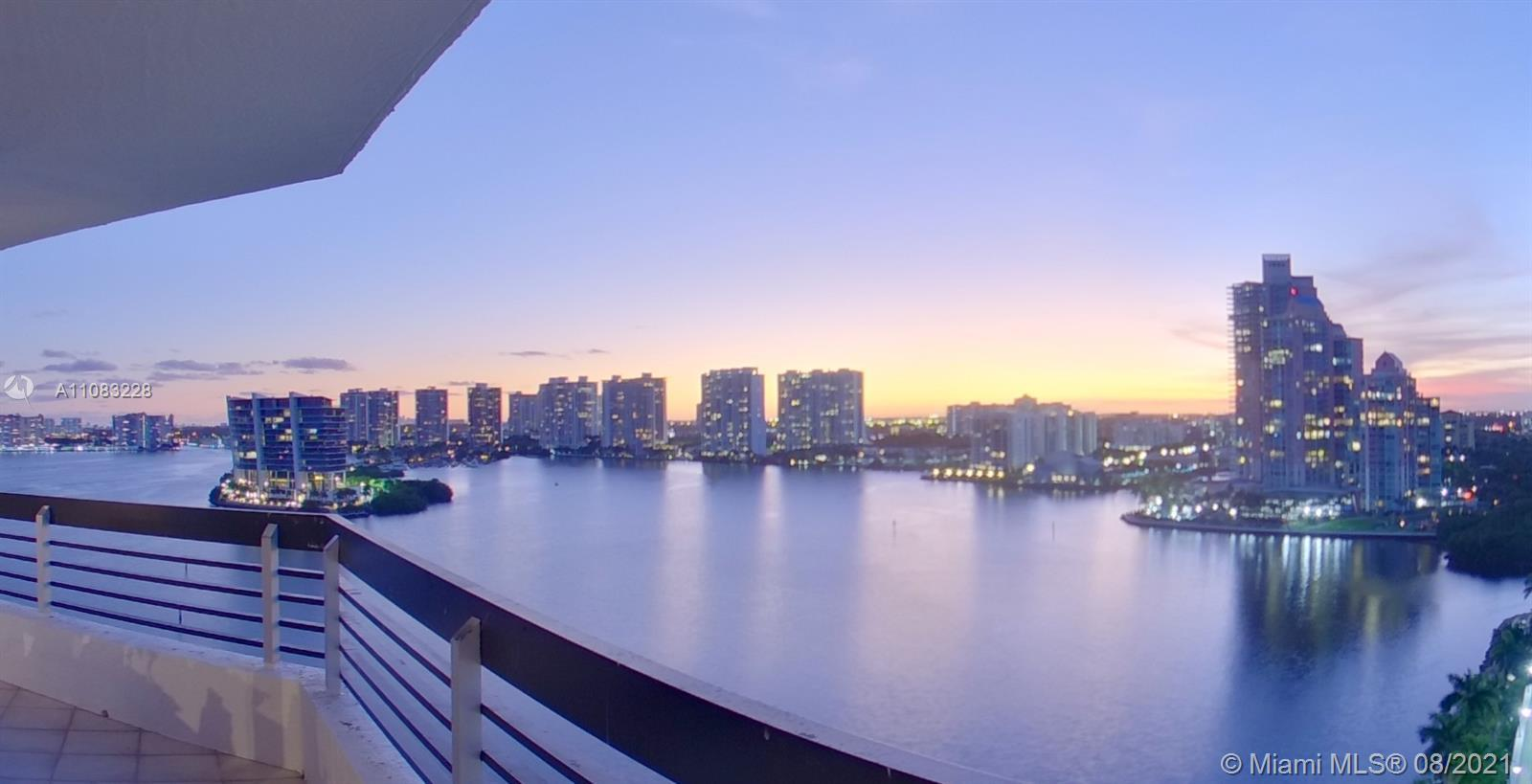 Enjoy the most breathtaking waterfront views from this wraparound balcony. The residence offer 2.503