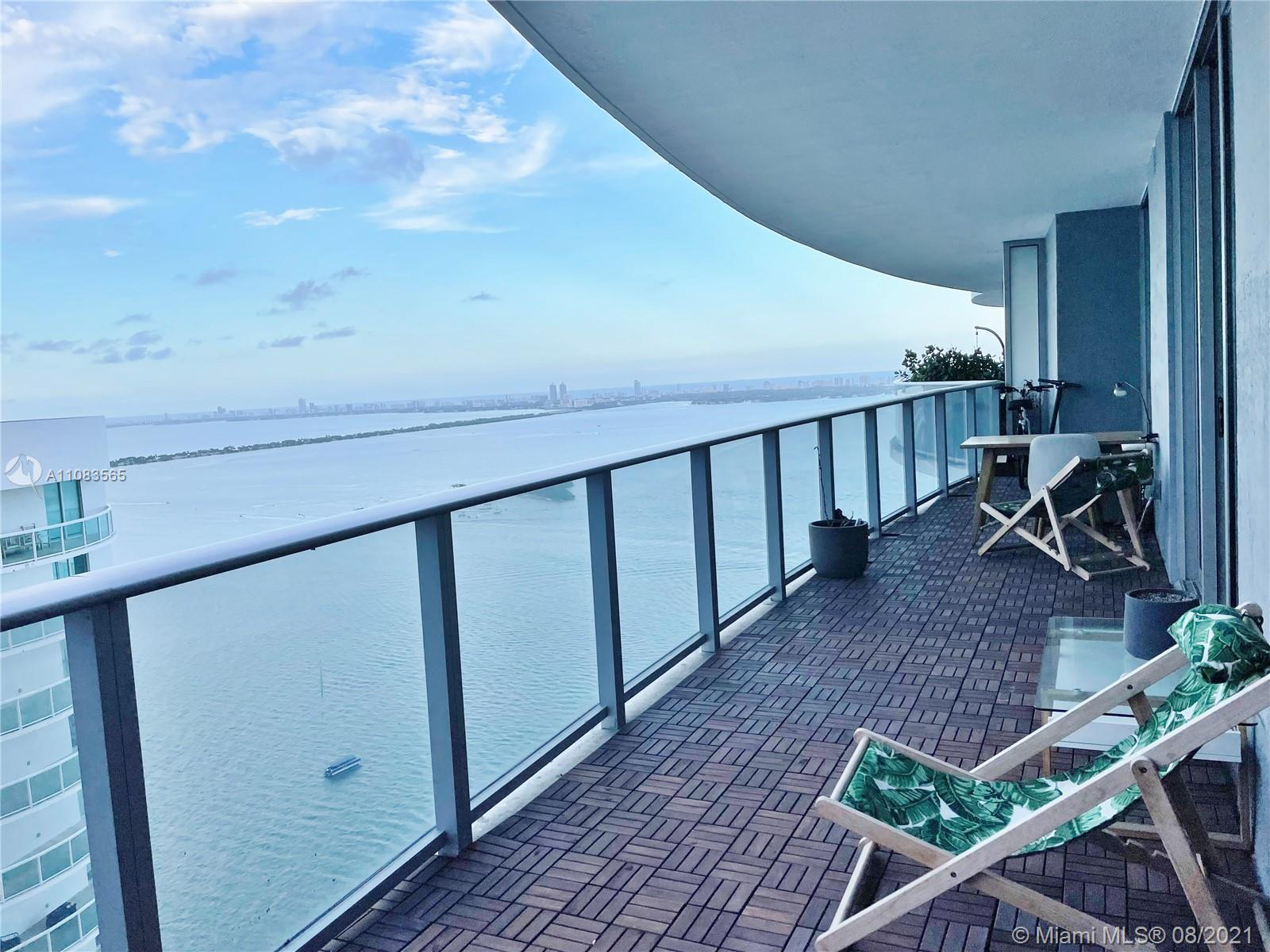 Remarkable water views from this elegant 2 Bed + DEN / 3 Bath residence. Secured private elevator ac