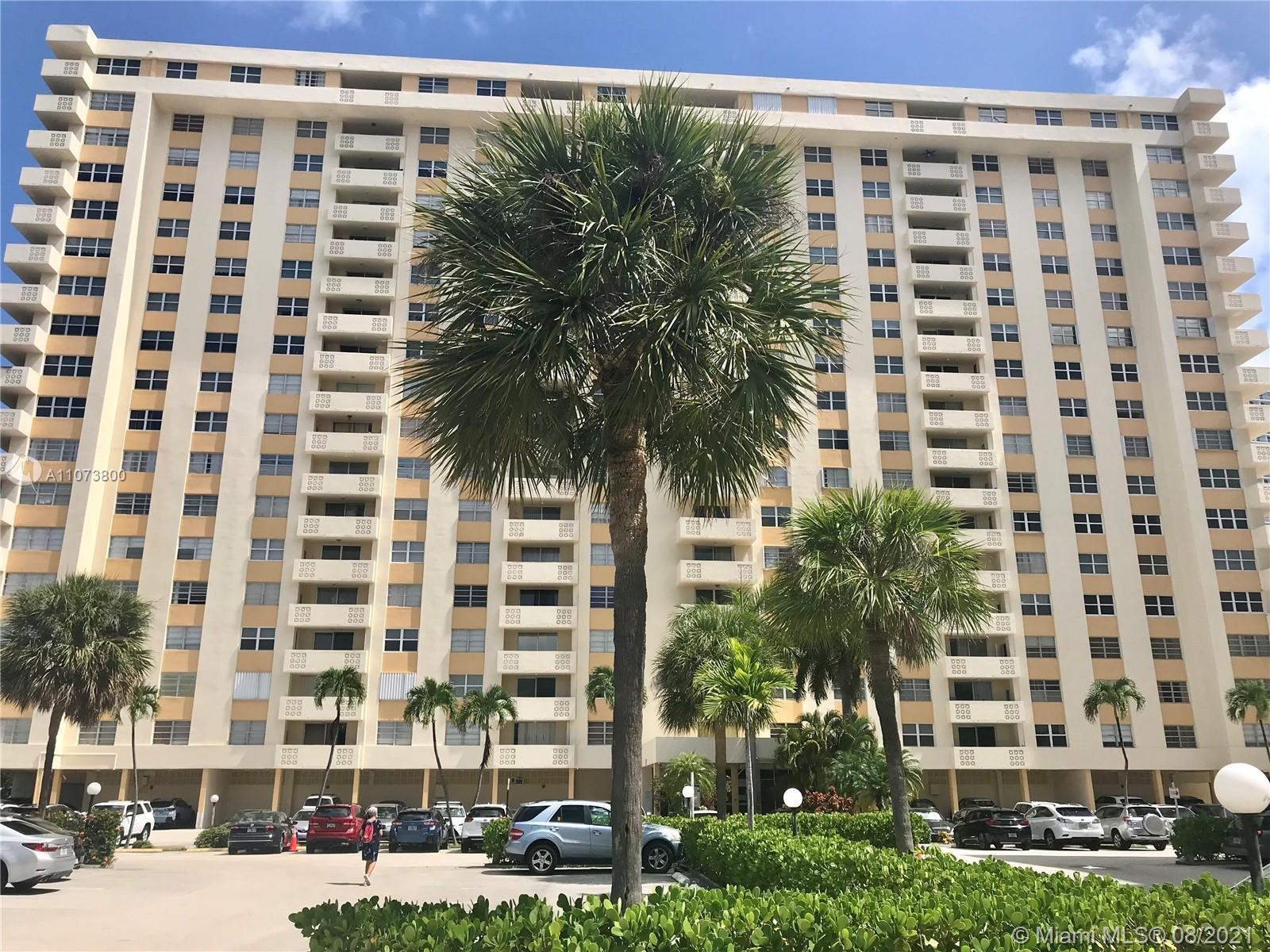 Two bedrooms with two full bathrooms, located in Hallandale Beach. Across from the Ocean/Beach, City