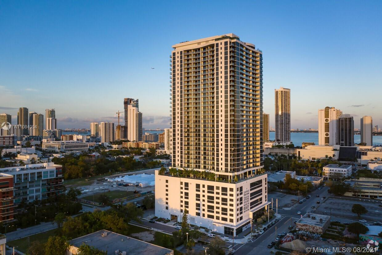 Amazing Brand New 2/2 Unit with Stunning layout in the luxury Canvas Condominium, Modern, spacious a