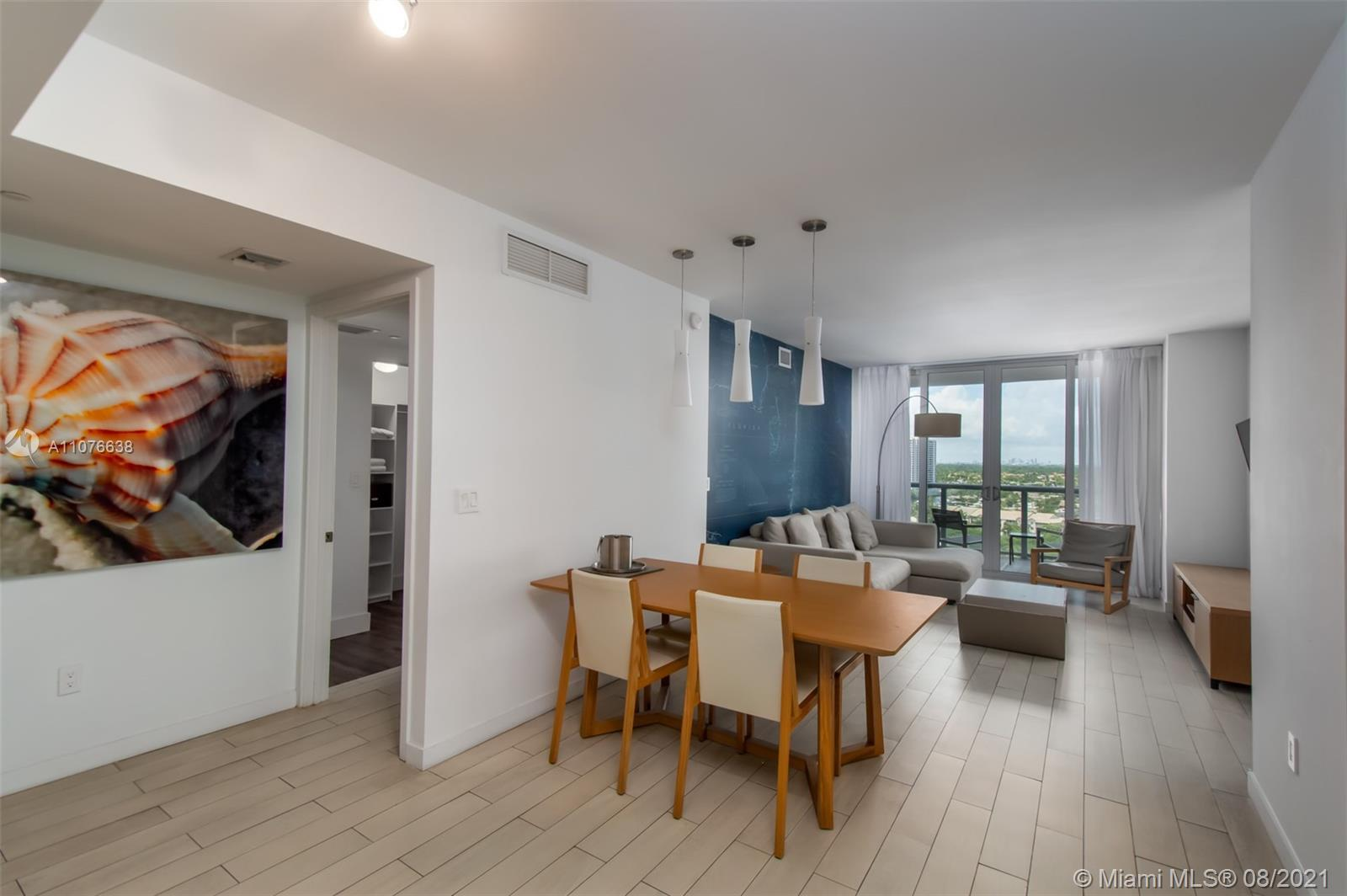 LOCKOFF ,RENT IT AS A ONE UNIT OR TWO SEPARATE SUITES .CAN BE RENTED DAILY .GREAT AMENITIES, INFINIT
