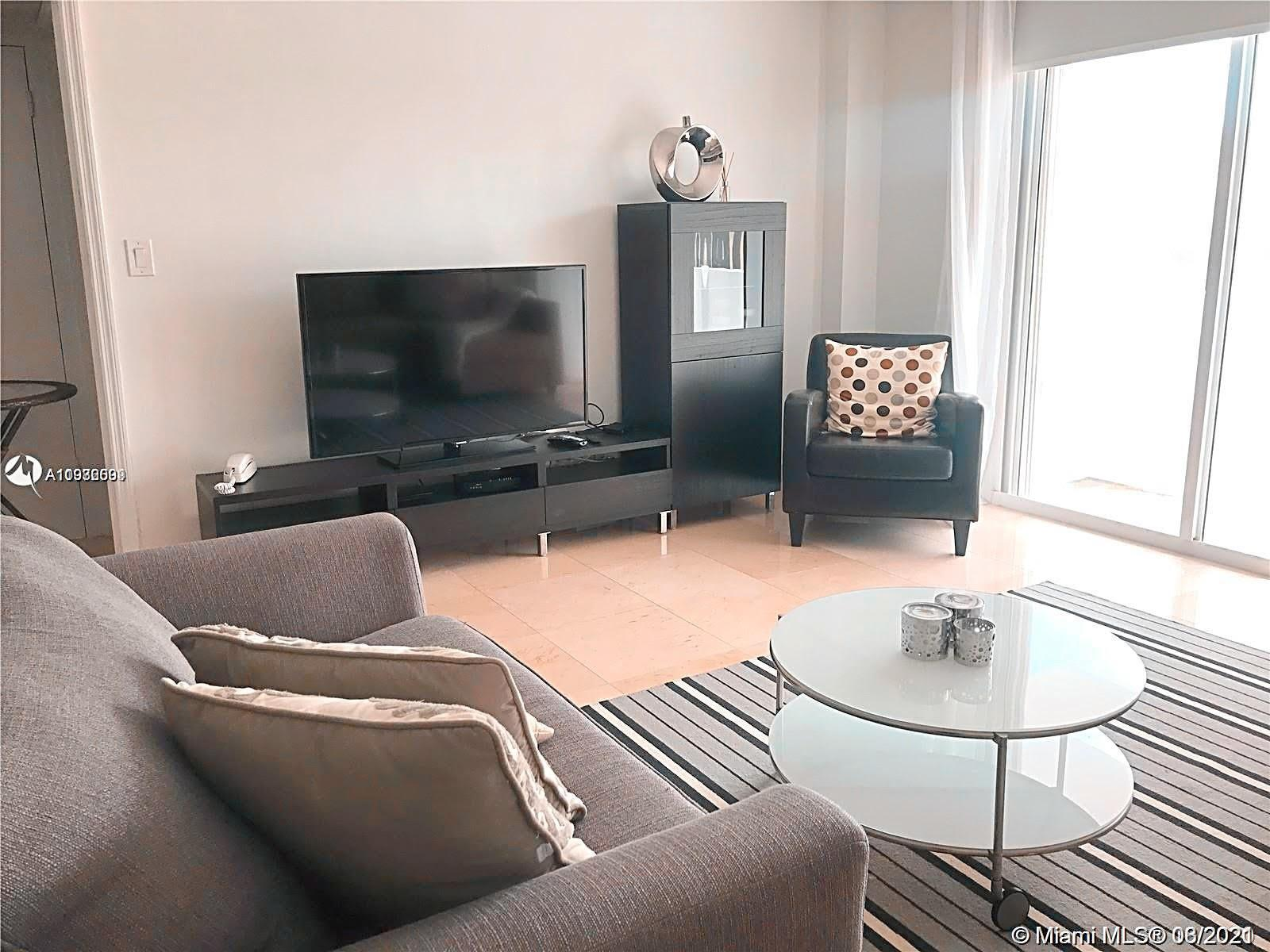 GREAT INVESTMENT OPPORTUNITY! 1BEDROOM 1 BATHROOM UNIT WITH DIRECT OCEAN VIEW. JUST MINUTES FROM BAL