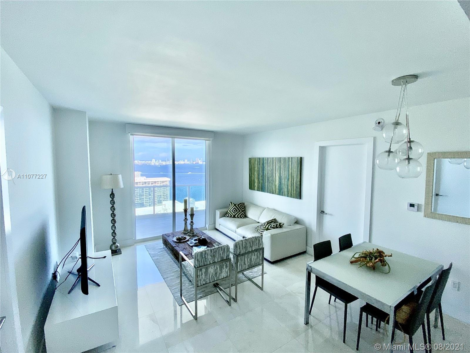 AMAZING unit on the 32nd! Fully renovated with extra large balcony, has breathtaking city and ocean