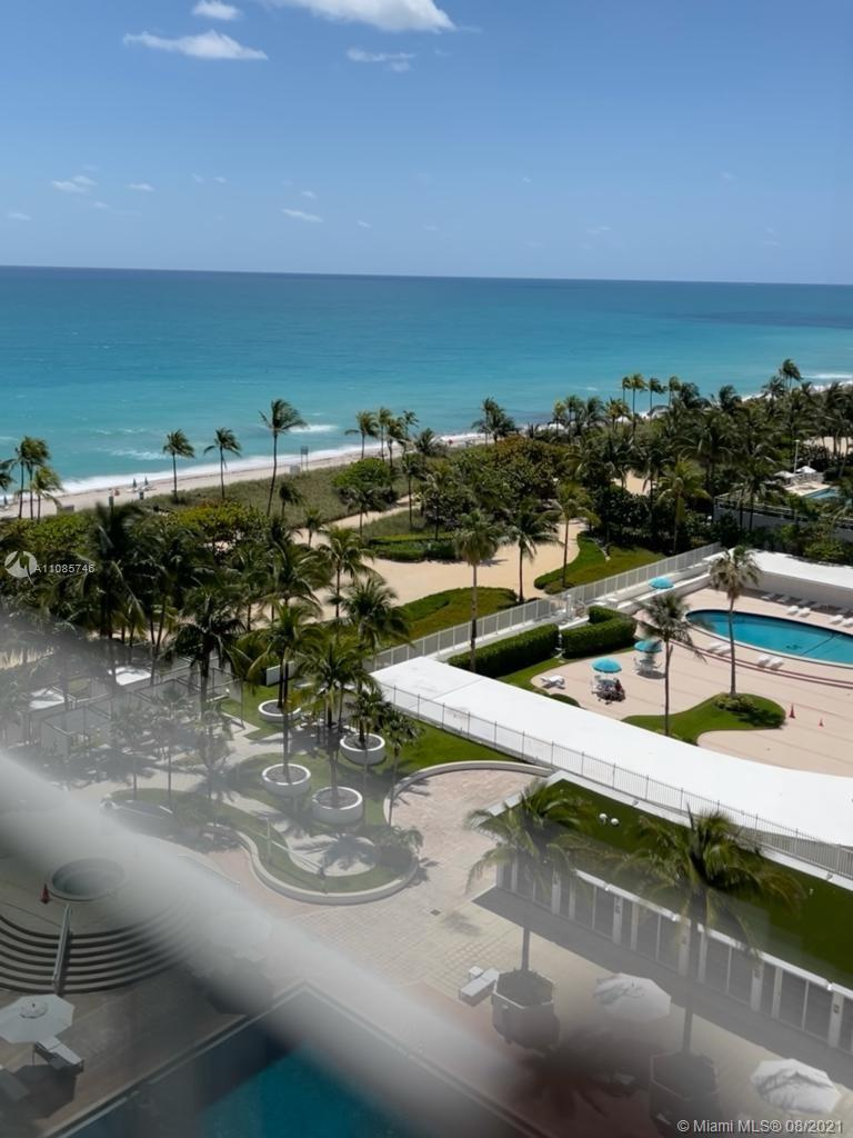 AMAZING UNIT AT THE HARBOUR HOUSE  WITH 5 STAR AMENITIES; SWIMMING POOL WITH BEACH CABANAS, JACUZZI,