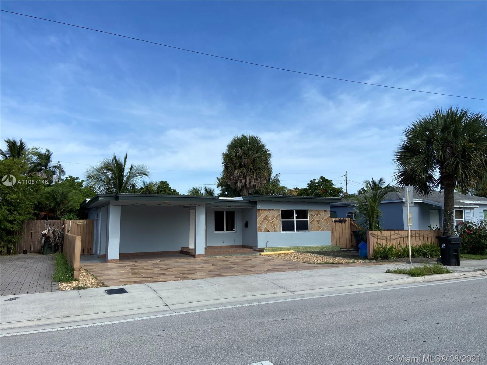 Well Kept Mid-Century Home In A Great Location.. Just Minutes From Wilton Drive And A Short Distance