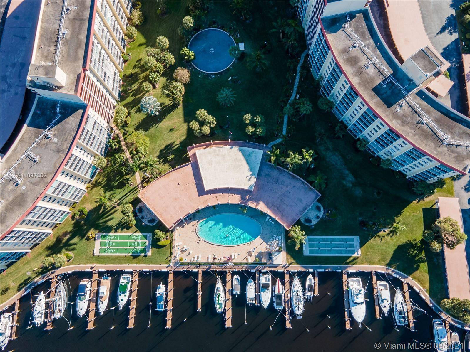 Resort style 55+ boating community with marina.  The 2/2 units are very large with exceptional stora