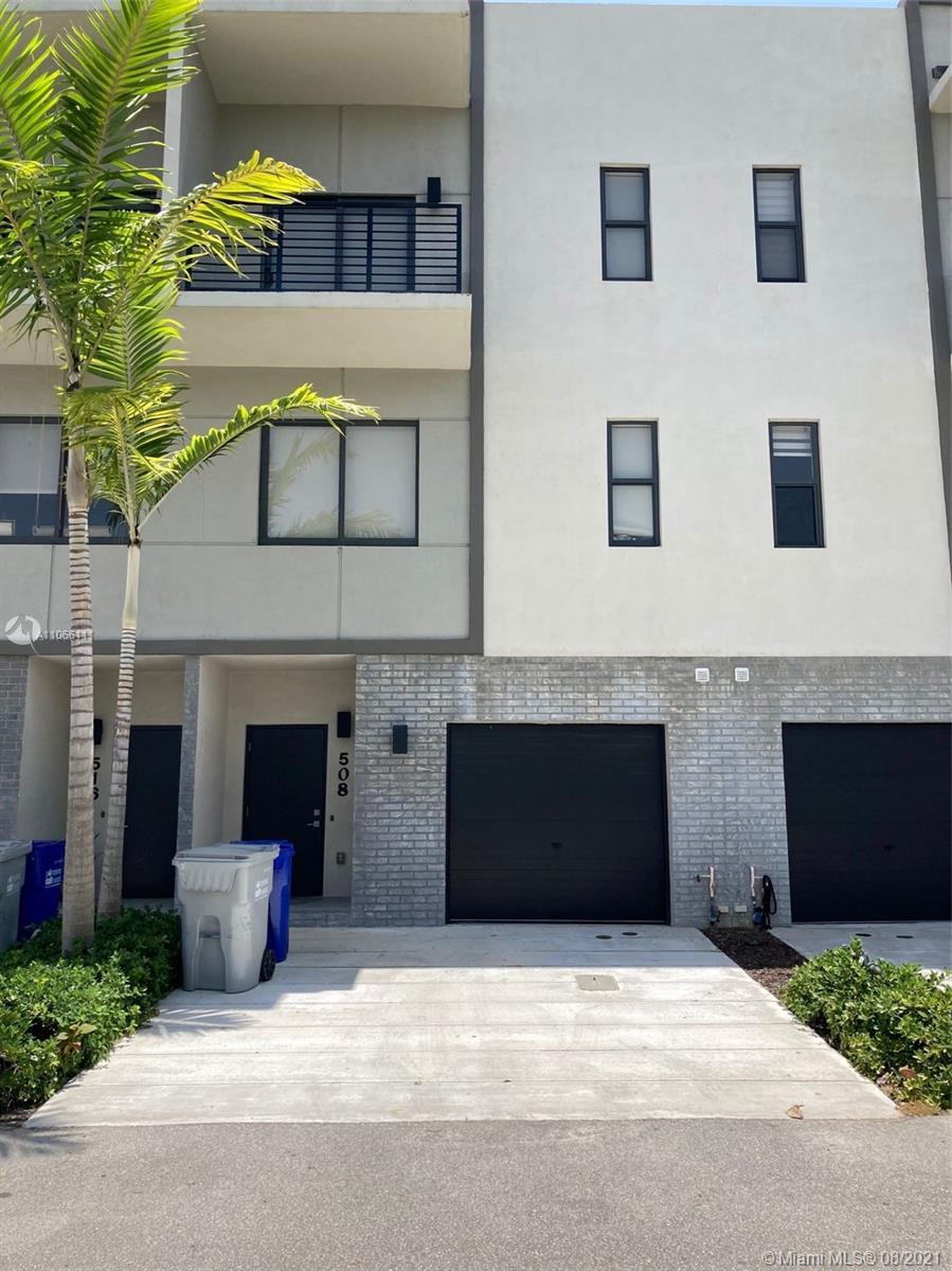 QUIET, SECURE, PRIVATE 3 STORY TOWNHOUSE WITH GARAGE, SPACIOUS 3 BEDROOMS & 3.5 BATHROOMS BY THE WAT
