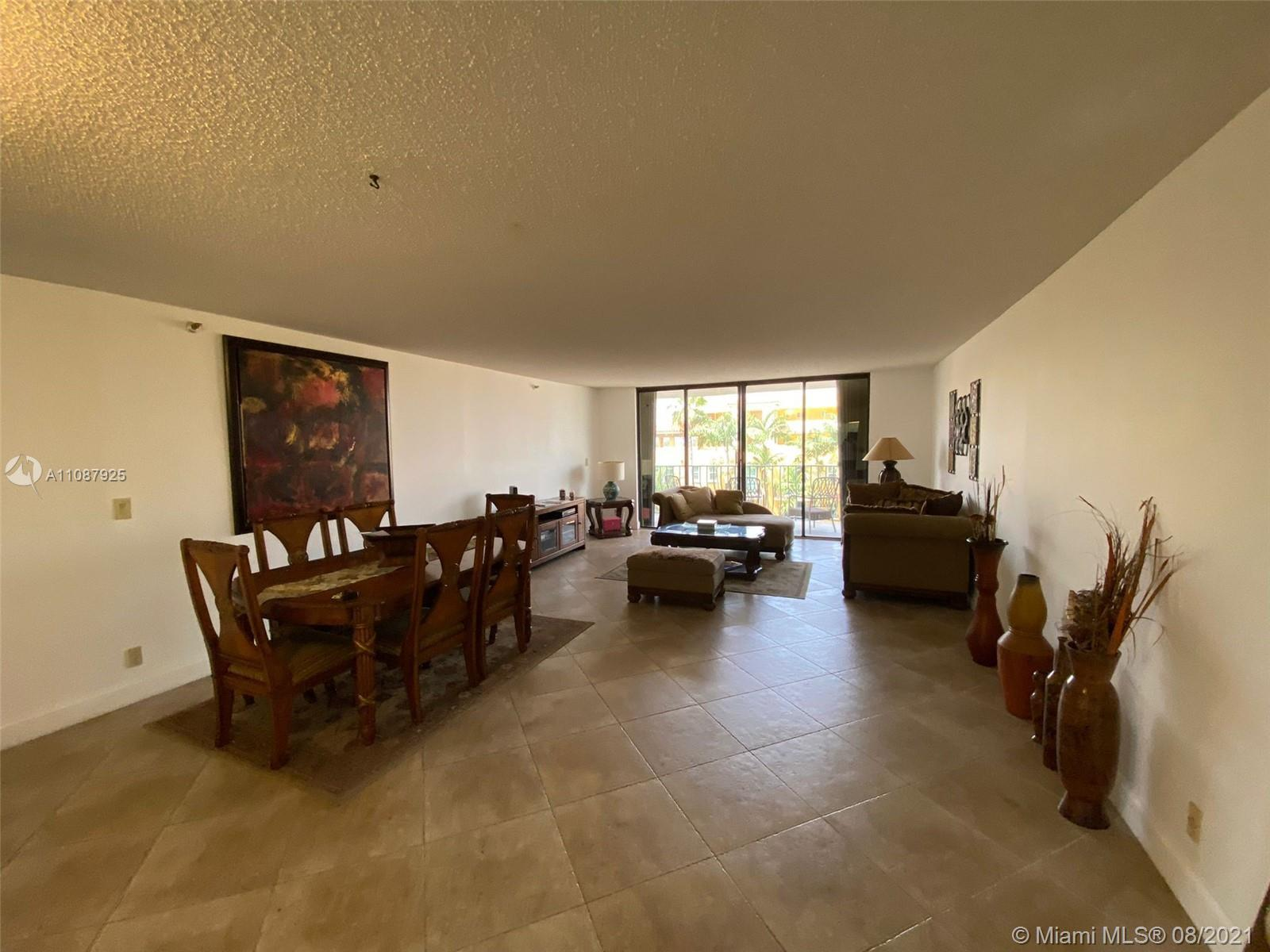 Infinite possibilities of making this spacious 1 bedroom 2 full bathrooms unit your home. Quite buil