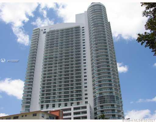LUMINOUS 2BED/2BATH UNIT. TILED FLOORS AND STAINLESS STEEL APPLIANCES. FABULOUS BAY VIEWS IN LARGE B