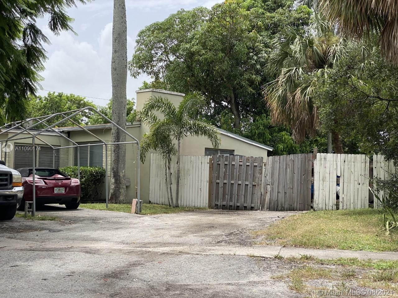 ATTENTION INVESTORS!!! 2 BEDROOM 1 BATHROOM HOME, GREAT VALUE ADD OPPORTUNITY TO FIX, RENT, AND HOLD