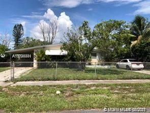 ATTENTION INVESTORS!!! 3 BEDROOM 2 BATHROOM HOME, GREAT VALUE ADD OPPORTUNITY TO FIX, RENT, AND HOLD