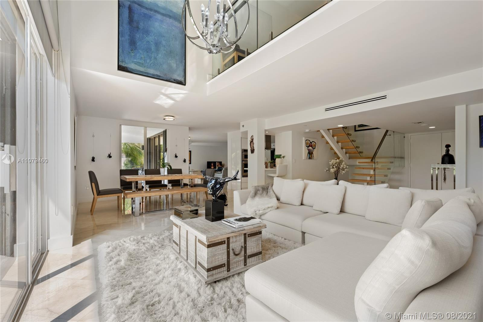 UNIQUE GEM! COMBINED UNITS 201 AND 203 AT BOUTIQUE BRICKELL EAST CONDO. AMPLE, REMODELED 4 BED 4.5 B