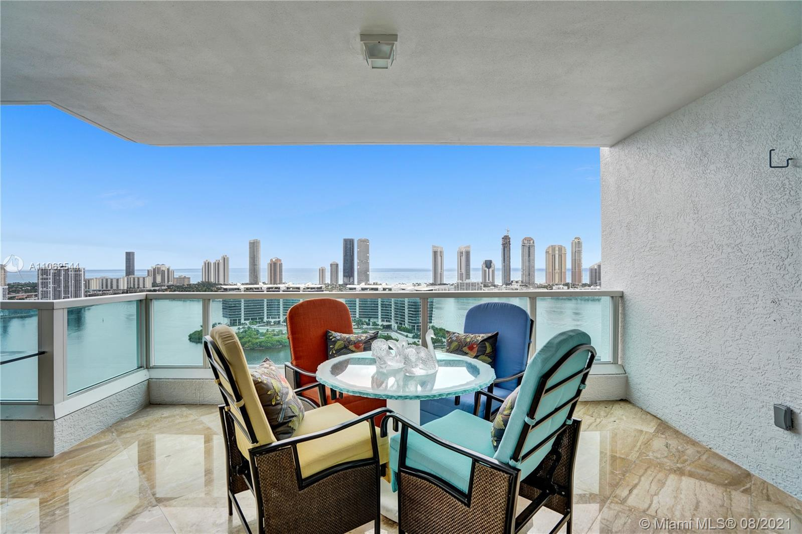 This European inspired Penthouse in the exclusive Peninsula I offers 4 bed 4 bath, 3,620 sqft  plus